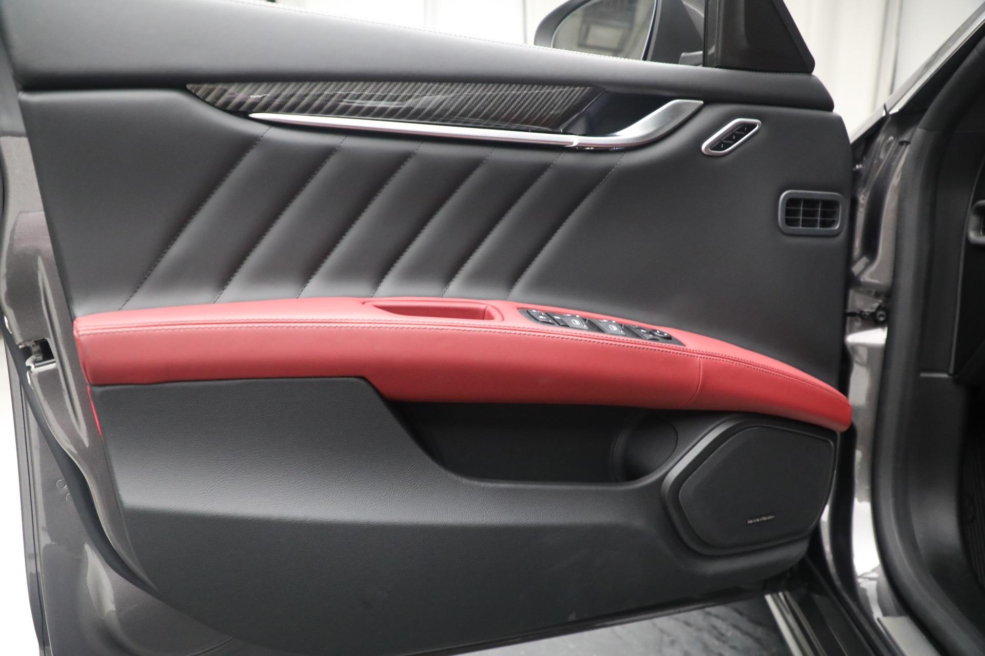 New 2021 Maserati Ghibli SQ4 GranLusso
