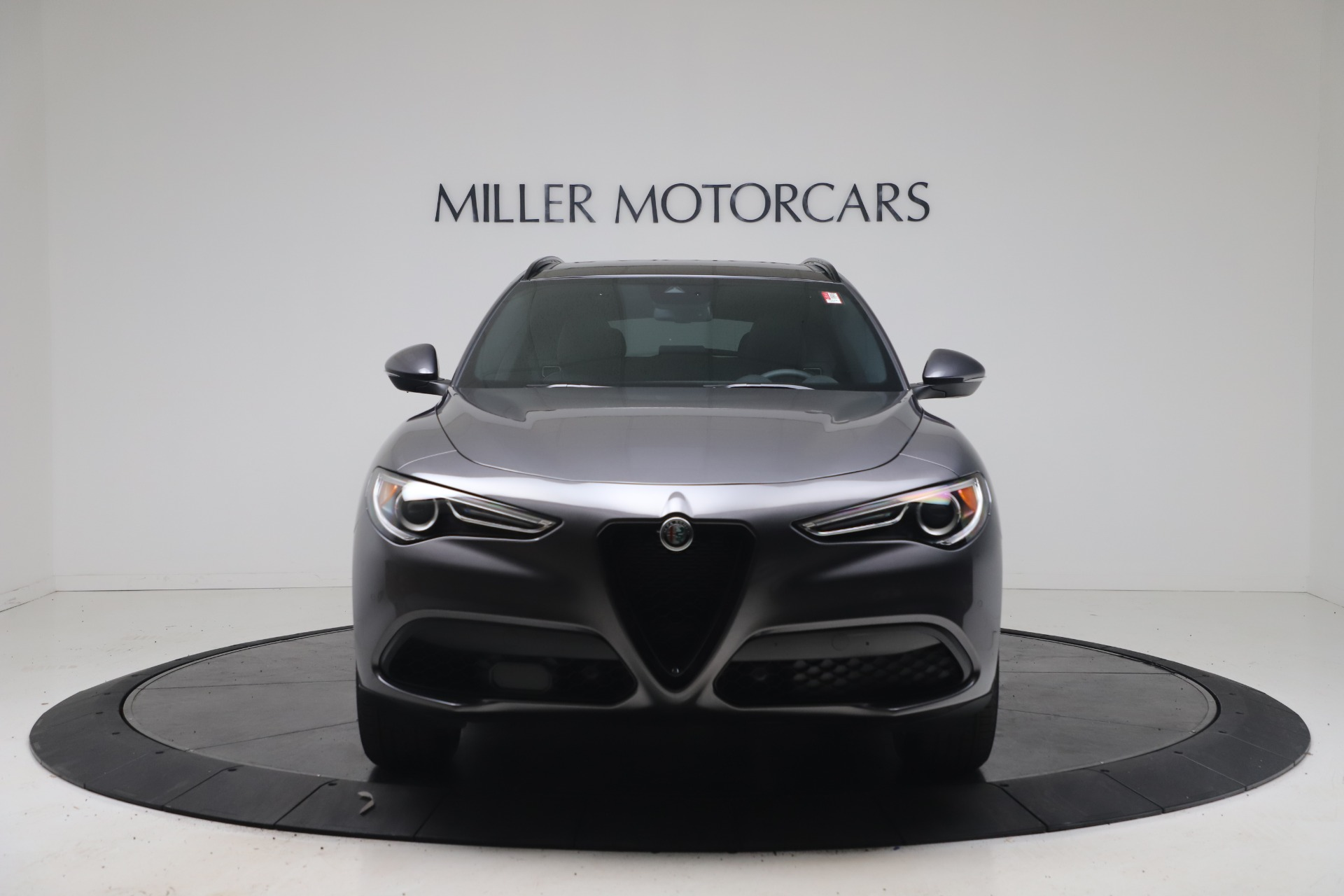 New 2022 Alfa Romeo Stelvio Sprint