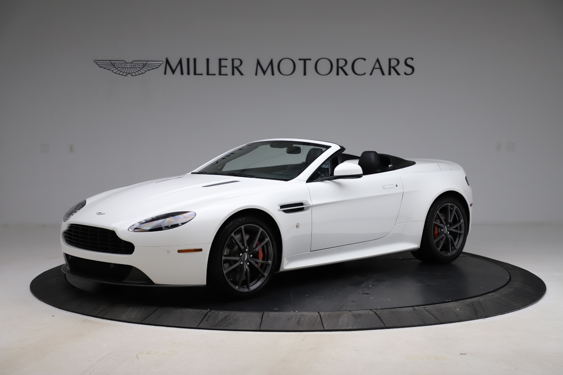 Used 2015 Aston Martin V8 Vantage GT Roadster | Greenwich, CT