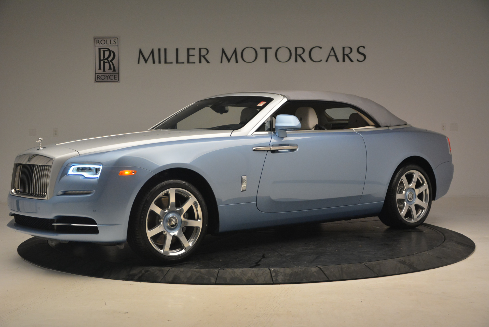 New 2017 Rolls Royce Dawn